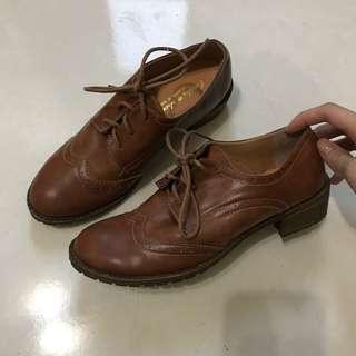 🚚 咖啡色綁帶牛津鞋 24