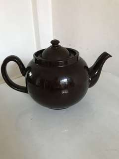 Mrs Potts Round Teapot