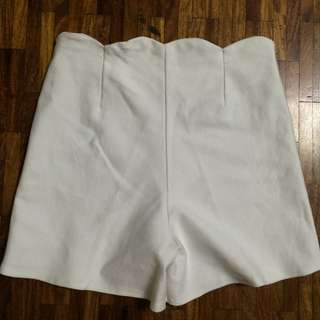 bangkok white scallop shorts