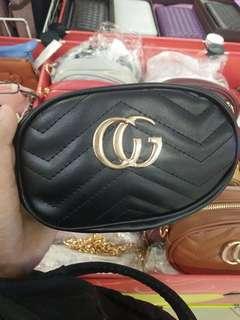 Gucci sling / beltbag