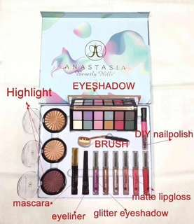 Anastasia Makeup Set