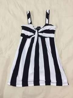 Sexy black white singlet top