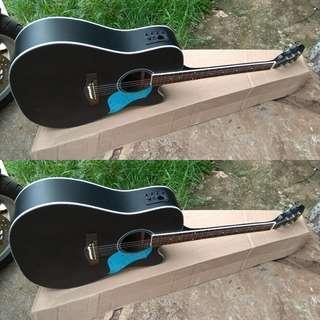 Gitar akustik elektrik tuner jumbo