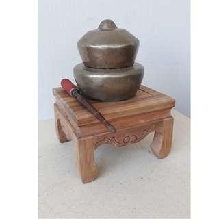 Antique Gong Display Set
