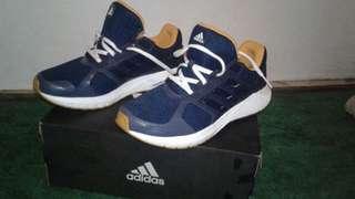 Original Adidas run duramo , Masih Baru Dan Lengkap