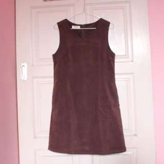 dress coklat beludru