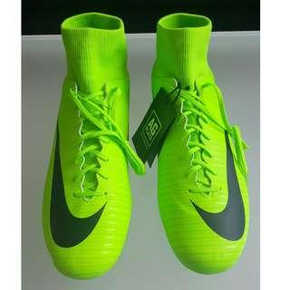 (人工)草地足球鞋 - Nike Mercurial Victory VI DF AG-PRO
