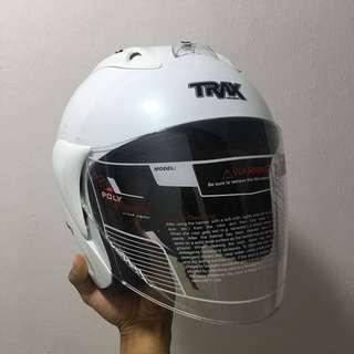TRAX TR03ZR Pearl White Helmet