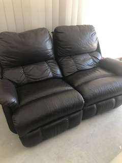 Black Leather Reclining Lounge