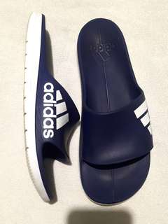 Authentic Adidas Slippers size 8