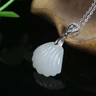 新品推出  和田玉925银🐚贝壳吊坠,玉质细腻,白度一级。