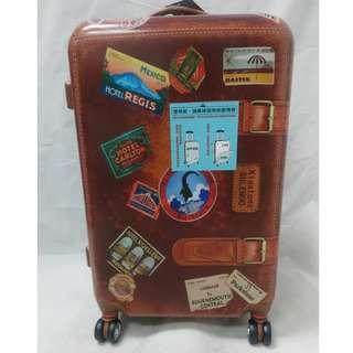 24吋硬殼行李箱