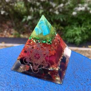 Orgone Pyramid (Antique)