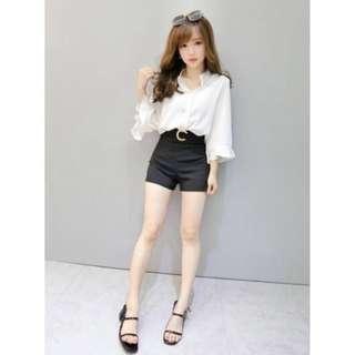 轉賣 ROSSO 俐落美型~釦環造型挺版西裝短褲 高腰褲