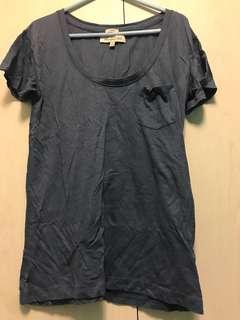 A &F tee shirt ( blue)