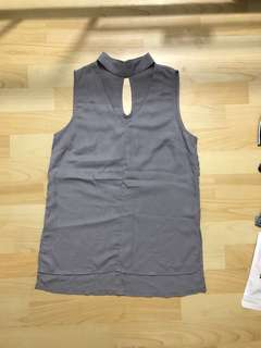 Chocker top grey