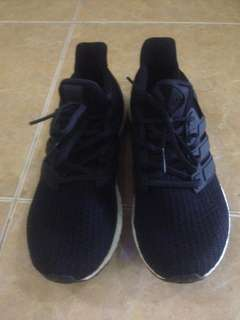 Dijual! Adidas Ultra BOOST ORI Size: 42 2/3 (No Box)