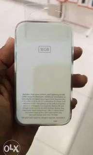 Brand New Sealed Box iPod 16gb