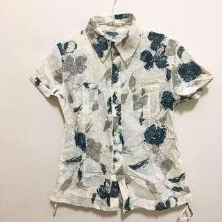 🚚 《全新》女藍花米白底短袖襯衫M