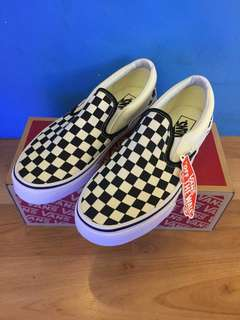 VANS SLIP ON CHECKERBOARD b/w