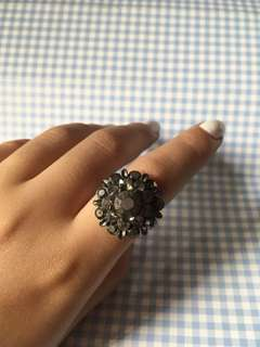 Vintage accent ring