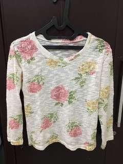 Flowery sweater sweatshirt knitwear
