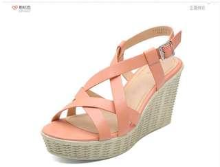 🚚 Daphne/達芙妮旗下鞋櫃蘋綺時尚舒適高跟坡跟防水台女鞋涼鞋 全網最低價