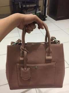 Woman Pedro Bag