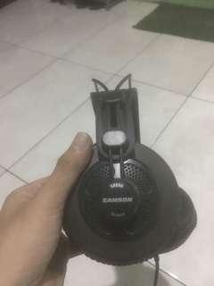 Headphone samson SR80