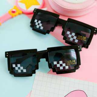 🚚 Deal With It Glasses 8 bits Mosaic Pixel Sunglasses Men Women Party Eyewear Deal with it thug life Popular