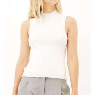 BNWOT CARRISLABELLE Cream/off-white/pastel yellow knitted high neck sleeveless ribbed knit (cableknit) top