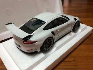 Autoart 1:18 Porsche 911 GT3 RS