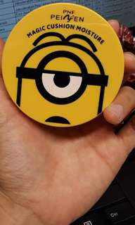 Bb  cushion minion