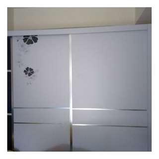 超新六呎白色趟門衣櫃 Wardrobe