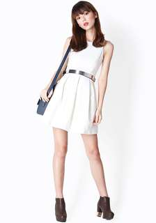 Aforarcade forever box pleated dress in white