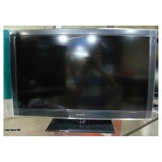 Tv Panasonic LCD 32 inch wa 083137569117