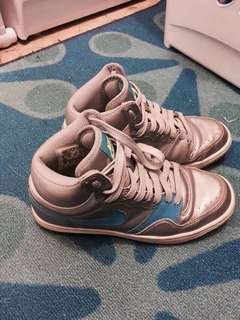 Nike Silver Shoes Size 7