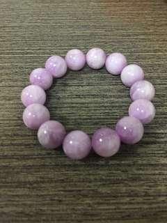 天然紫鋰輝手串-已淨化(每粒直徑13mm)粉紫色超可愛~