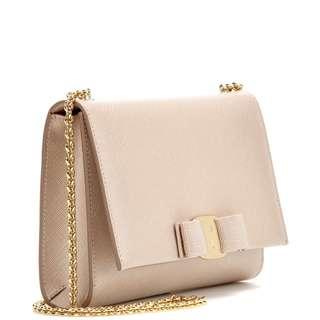 SALVATORE FERRAGAMO  側咩袋  leather shoulder bag