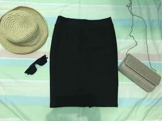 Pencil cut Black Skirt