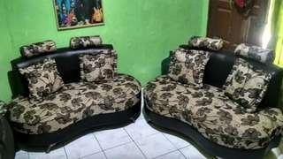 Sofa motif bunga preloved