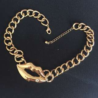 Kalung Lip Chain