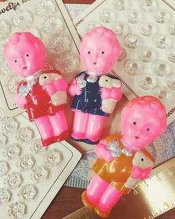 🚚 1950年製造早期古董娃娃手搖鈴-vintage doll -抱兔子的可愛男孩charming little boy