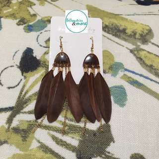 brown feather dangling earings