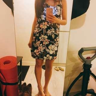 度假⛱️混雪紡洋裝 花朵 性感可愛女人味