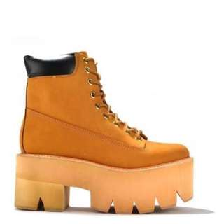 Jeffrey Campbell x timberland boot