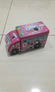 Oreo Tin Bus limited edition