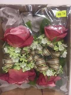 結婚 襟花 x 4pcs(全新)原價$88