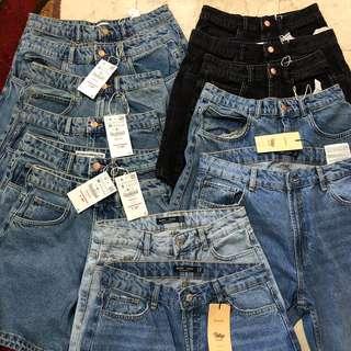 Zara Jeans/Shorts