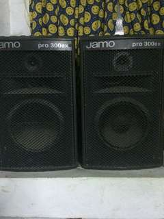 2 jamo speakers and music mixer
